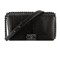 Want to see all the latest Chanel bags for Fall 2013...?