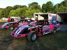 Dirt Track Racing #7. just getting out for the race