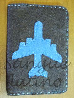 sangue latino artesanato - capa para passaporte, avião, passport, viagem, artesanato, handmade, feito à mão.