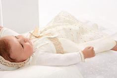 Ropa para bebés Primavera 2014 con Paz Rodriguez http://www.paranenesynenas.es/ropa-bebe/2118-moda-infantil-primavera-verano-2014-de-paz-rodriguez.html