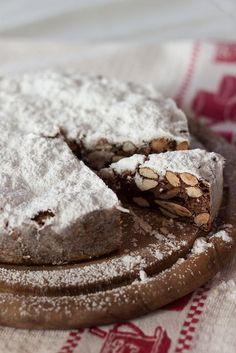 Traditional Siena Fruitcake (Panforte)