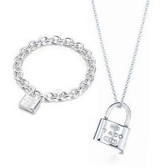 Tiffany Jewelry Sets Solid Silver Lock This Tiffany Jewelry Product Features: Category:Tiffany & Co Sets Material: Sterling Silver