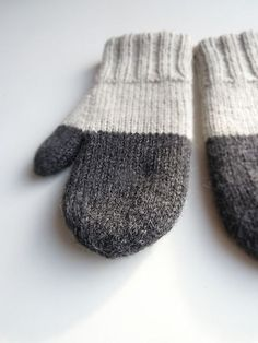 Ravelry: my take on this classic pattern. Classic mittens, free pattern by Bernard Ullman Co.