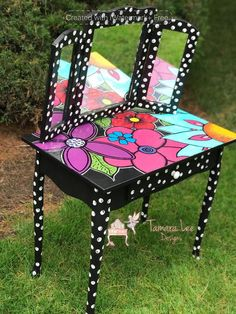 Turning a simple white vanity into a girly, bold statement piece I forgot to take a darn before photo- but this was a simple piece that looked like this phot… Diy Kids Furniture, Funky Furniture, Refurbished Furniture, Colorful Furniture, Repurposed Furniture, Unique Furniture, Furniture Projects, White Furniture, Furniture Plans
