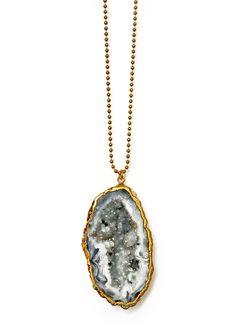 gotta love agate geodes with sparkling druzy interiors