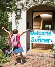 I wouldve loved to come home to this on the last day of school! Celebrate!...Have a bucket of waterballoons and squirt guns ready to go. Then make home made pizzas for dinner. After, pop some popcorn and watch a family movie together! // Im doing this! krafty-mcgee