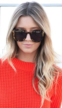 love the blonde ombre, surfer hair... this is what I want to do next @Malina Villa ;)