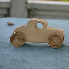 Wooden Toy Trucks, Wooden Car, Wooden Toys, Woodworking Toys, Woodworking Projects, Small Wooden Projects, Wood Toys Plans, Push Toys, Wood Games