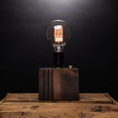 Simple Press // Tri Cut Lamp