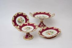 Set de sobremesa em porcelana Inglesa do sec.19th, 12px, 1,420 USD / 1,280 EUROS / 4,640 REAIS / 9,470 CHINESE YUAN