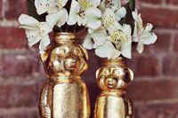 Tiny bouquet vase using honey bottle!