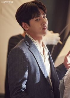 "[Drama] A pictorial starring Ji Chang Wook, ""Maketh Suit King"" Ji Chang Wook 2017, Ji Chang Wook Healer, Suspicious Partner Kdrama, Ji Chang Wook Photoshoot, Ji Chan Wook, Handsome Korean Actors, Empress Ki, Song Hye Kyo, Kdrama Actors"