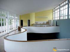Detalhe do interior do prédio da Secretaria Municipal de Cultura, criação de Aldary Toledo.