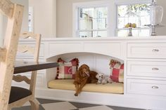 A built-in space for your pups lets them be a part of the action.