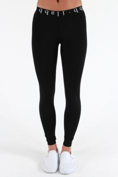 Midnight Legging North Beach, Sports Brands, Sport Outfits, Active Wear, Fitness Motivation, Black Jeans, Inspired, Clothes For Women, Pants