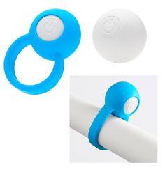 Super divertido e prático de usar, o Ring-Orb um anel com vibração para o pénis, composto por uma bolinha do tamanho de um berlinde grande, proporcionando orgasmos mais explosivos.Tem 5 modos de vibração por onde escolher.