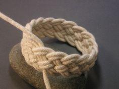 pulsera de cuerda entera
