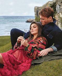 Turkish Women Beautiful, Turkish Men, Turkish Fashion, Turkish Beauty, Movie Couples, Cute Couples, Hello Magazine, Kylie Jenner Style, Cute Love Couple