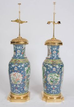Pair+of+Large+Oriental+Lamps+on+Gilt+Ormolu+Bases