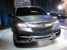 L'impressionnant Range Rover 2013 intègre une transmission automatique à 8 rapports - Salon de l'auto de Montréal 2013