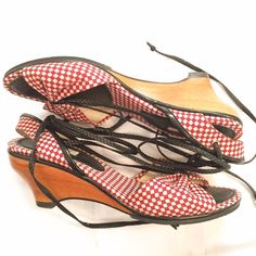"""Retro-Style Wedges with Ankle Ties Retro inspired Dick & Jayne Los Angeles red, off-white & black sandals with wooden wedges and ankle ties. Heel height is 2.5"""". Textile upper, wood and rubber heel/sole. Size 7 Dick & Jayne Los Angeles Shoes Wedges"""