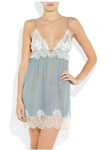 Jenny Packham Chantilly lace lingerie