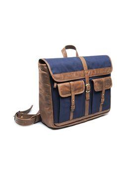 Hasso Soto Messenger Bag
