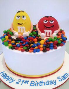 Fondant M cake topper Cakes Pinterest Cake Fondant figures