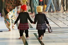 fashion victims in AMRITSAR spotted by Susanne Lindner