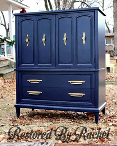 "Rachel of Restored By Rachel shared this stunning restyle using Coastal Blue Milk Paint! Says Rachel, ""Coastal Blue is my favorite navy ever!! It's perfect. It's the best balanced shade and it complimented this retro piece perfectly!!"" Learn how to hand apply General Finishes Milk Paint here: http://bit.ly/1xCLHkp"