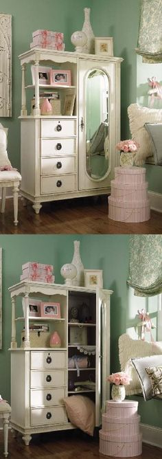 I would love something like this for the babys room....i think I will be on the lookout