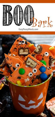 Quick and easy BOO bark, perfect for holiday gifting, or enjoying yourself. And a great way to use up leftover candy from Halloween! halloween food and drink Halloween Desserts, Fröhliches Halloween, Halloween Goodies, Halloween Food For Party, Halloween Cupcakes, Holidays Halloween, Halloween Celebration, Halloween Season, Kids Halloween Party Treats