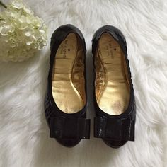 Kate Spade Patent Bow Flats These are super cute shoes! I bought a 9.5 but they run very small. They fit as an 9. Barely worn. Very light wear and no scuffs. Black patent. Rubber sole. kate spade Shoes Flats & Loafers