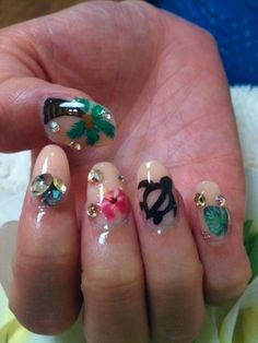 Hawaiian Nails with Rhinestones