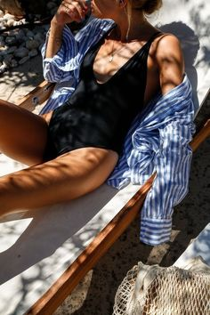 Swimwear, black onepiece, black swimsuit, outfit ideas, French girl style with a sexy loose shirt. Summer Feeling, Summer Vibes, Summer Beach, Fashion Mode, Girl Fashion, Beach Style Fashion, Fashion 2016, Ladies Fashion, Fashion Styles