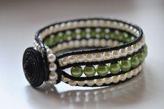 Armband i vitt o grönt agnetasarmband.blogspot.se