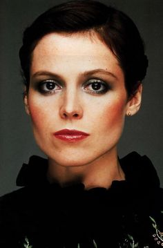 Sigourney Weaver - I love her hair here. Even if I can't tell if it's short, or braided & up. Her disco makeup is hot as well!