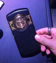 Mola: 8848 Titanium M3, un smartphone que apuesta por el lujo