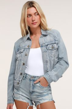 d7e40ab40 Lulus   Hayden Light Wash Oversized Denim Jacket   Size Large   Blue   100%  Cotton