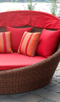 Outdoor Wicker daybed shown up close... Summer season ready!