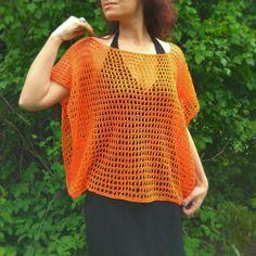 Ravelry: Orange mesh poncho pattern by Julia Zarubina Loose Knit Sweaters, Poncho Sweater, Knitted Poncho, Poncho Knitting Patterns, Hand Knitting, Lace Top Dress, Summer Knitting, Knitting For Beginners, Knit Or Crochet