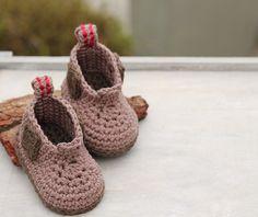 Ryder boot amigurumi crochet pattern by Inventorium