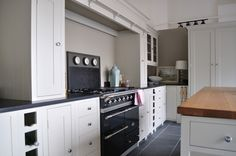 Kitchen Gallery, Kitchens, Kitchen Cabinets, Cabin Fever, Kitchen Inspiration, Home Decor, Decoration Home, Kitchen Photos, Room Decor