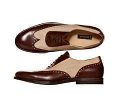Etro Men's Accessories for Spring-Summer: I specifically recall Kevin Costner wearing these on the Tonight Show with Jay Leno about years ago. Hot Shoes, Men's Shoes, Shoe Boots, Dress Shoes, Sharp Dressed Man, Well Dressed Men, Dandy, Gentleman Shoes, Swagg