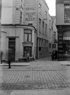 1935 Gapersgas van Korte Burchtstraat naar Platenmakersstraat.