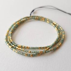 Bracelets Roses, Beaded Wrap Bracelets, Seed Bead Bracelets, Bracelet Sizes, Charm Bracelets, Red Gold, Green And Gold, Gifts For Friends, Gifts For Her