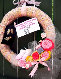 It's a Girl wreath. To make for a friend.