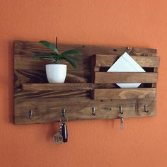 Eco Furniture, Home Decor Furniture, Furniture Projects, Furniture Making, Diy Projects, Wooden Pallet Projects, Wooden Pallets, Palette Organizer, Small Condo
