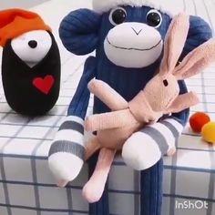 Diy Sock Toys, Sock Crafts, Felt Crafts, Fabric Crafts, Sewing Crafts, Sewing Projects, Diy For Kids, Crafts For Kids, Sock Dolls