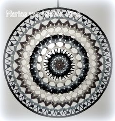 Crochet mandala or suncatcher. I used this patttern… Crochet Wall Art, Crochet Home, Crochet Crafts, Crochet Doilies, Crochet Yarn, Crochet Stitches, Crochet Projects, Crochet Mandala Pattern, Crochet Circles